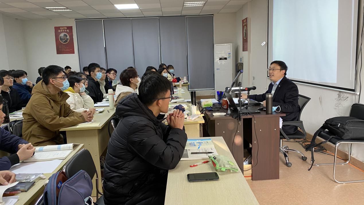 文都名师汤家凤亲临广州传授高数备考策略